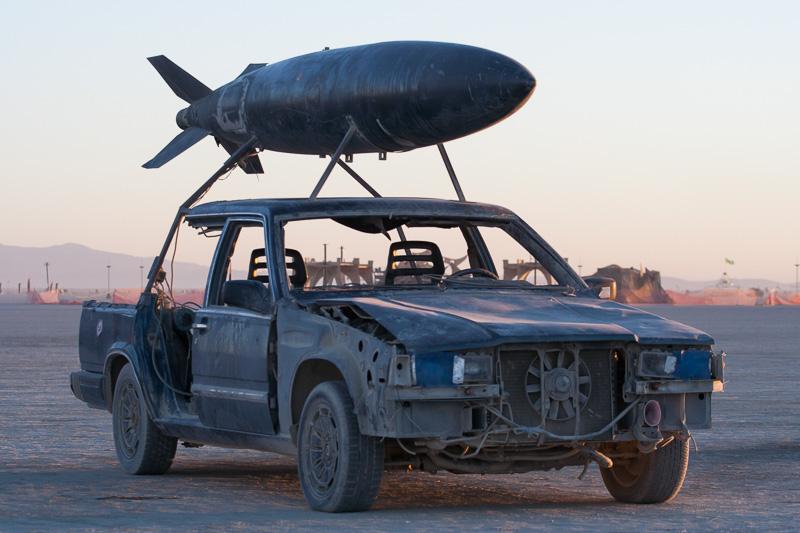 Mutant Vehicles The Art Cars Of Burning Man Scott London